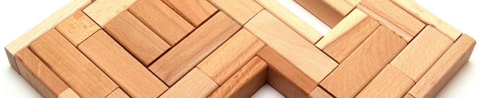 Wir bieten unseren Kunden eine vollstufige Produktion vom Stammholz bis zum montagefertigen Bauteil.
